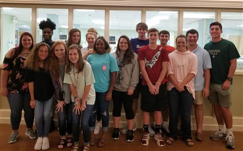 LCHS students pose during field trip to ECM hospital