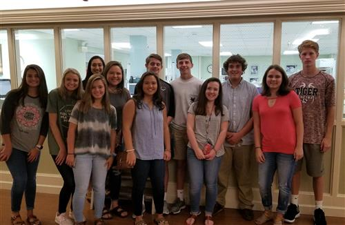 LCHS students pose during field trip to ECM hospital (group 2)
